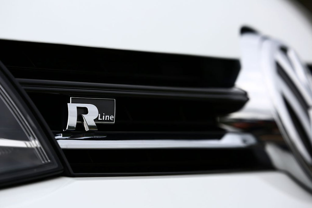 New Black 4 R Line Metal Grill Emblem 3d Lettering For Vw