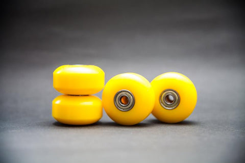 (Set of 4) 52mm 100A PU Yellow Skateboard Wheels Cruiser Rollen (608ZZ ABEC 7 & Spacers) - Pinalloy Online Auto Accessories Lightweight Car Kit