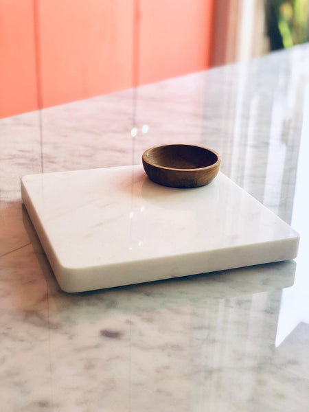 MARBLE SERVING SQUARE WITH CONDIMENT BOWL