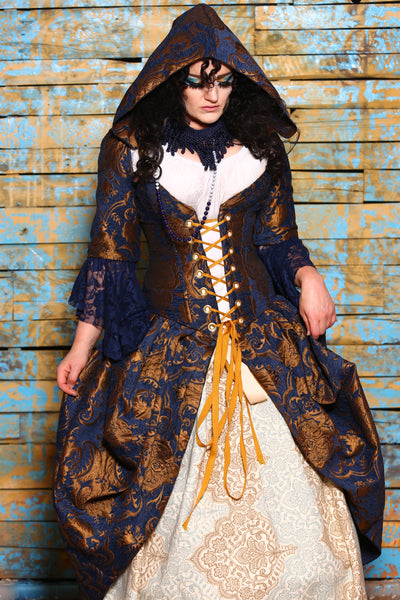 Detachable Flounce Sleeves in Blue and Gold Medallion