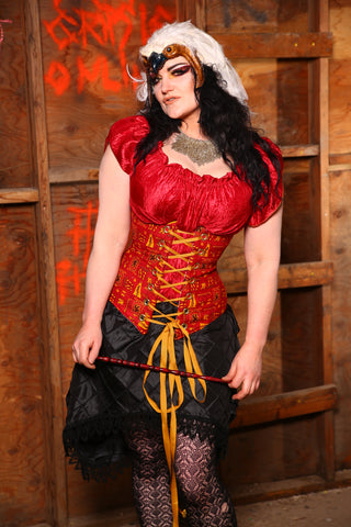 Wench Corset in Team Gryffindor