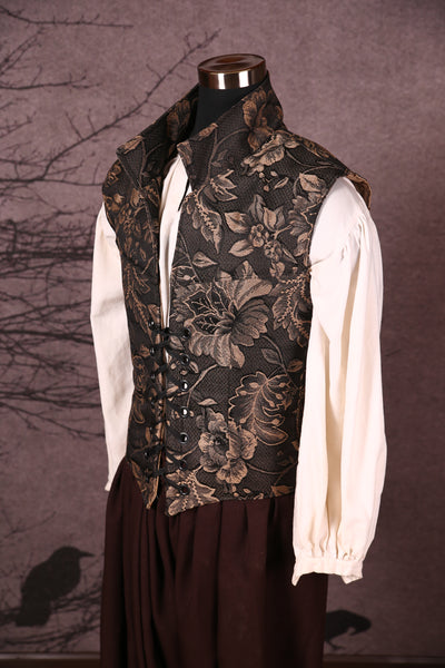 Men's Flynn Vest in Midnight Owl Floral