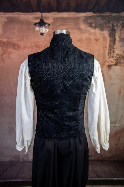 Men's Flynn Vest in Black Tendrils