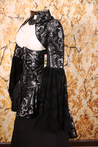 Detachable Flounce Sleeves Silver & Black Medallion