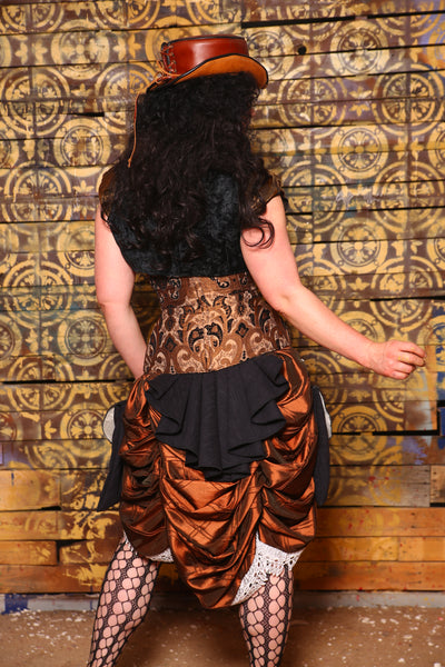 Torian in Black and Bronze Vintage Paisley