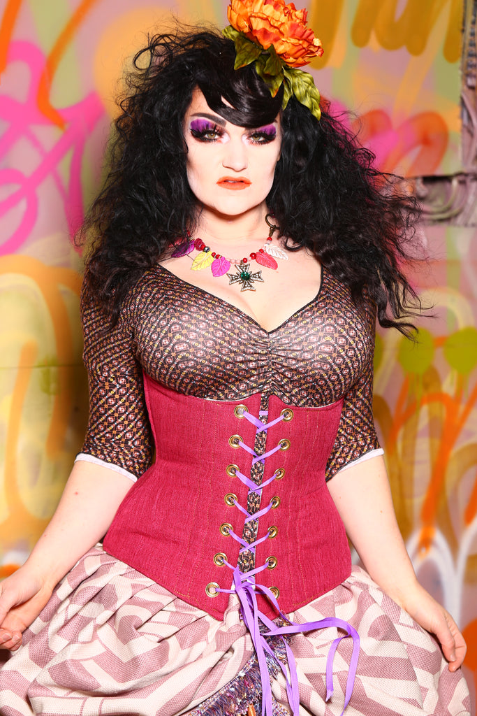 Wench Corset in Raspberry