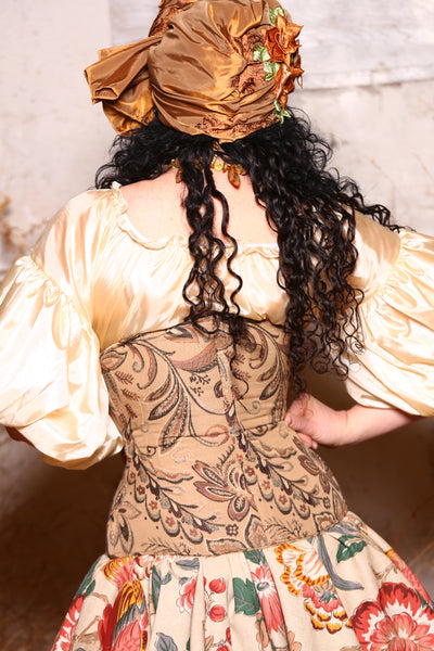 Wench Corset in Soapberry