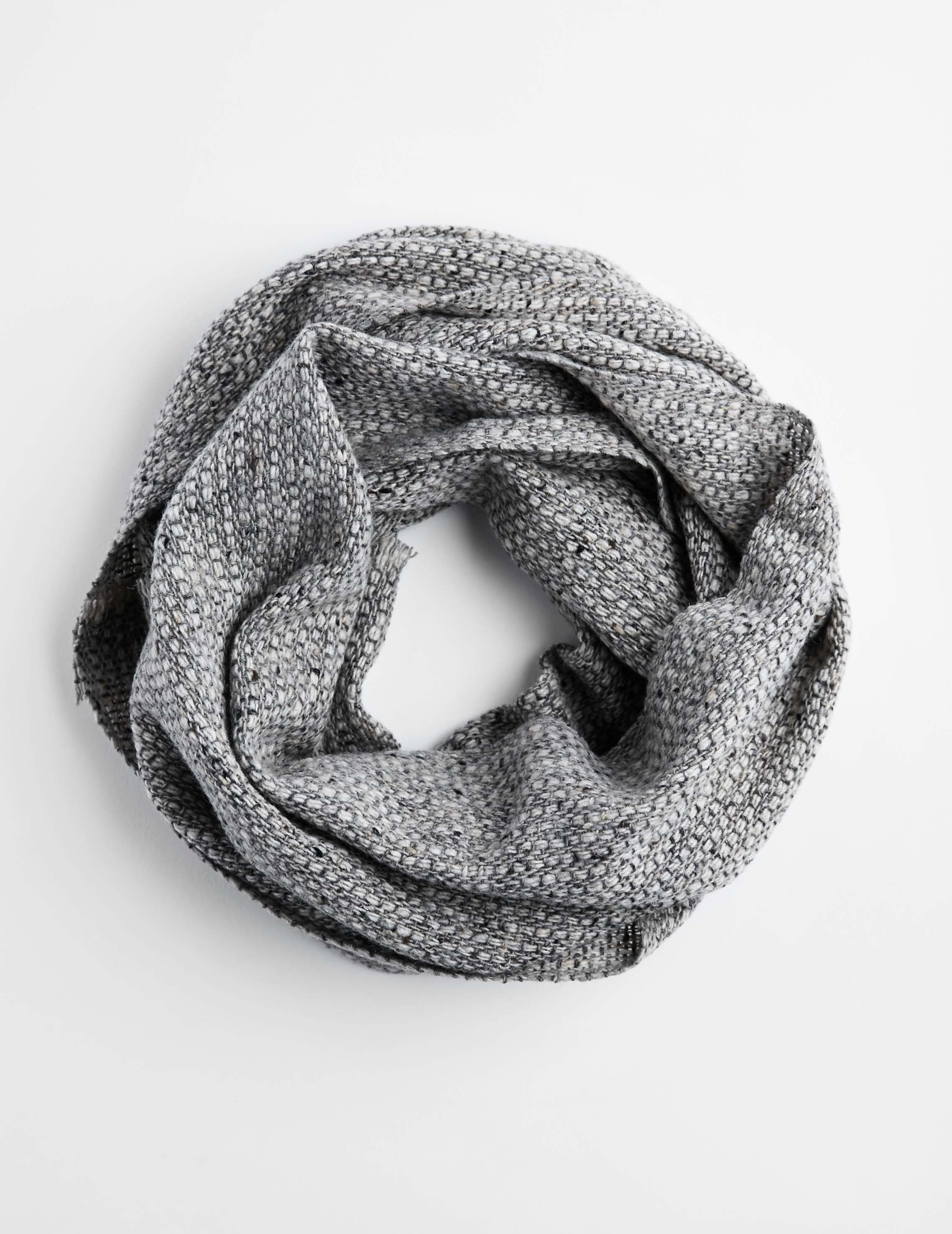Tweed Emphasize Neck Warmer - Smoke