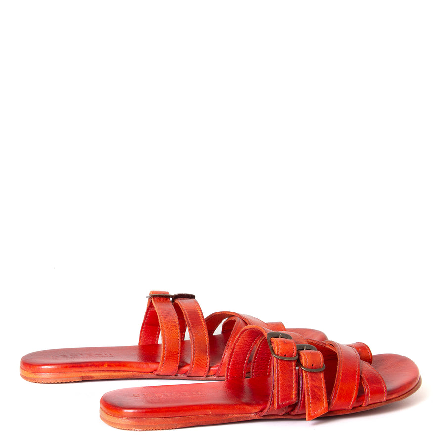 Bed Stu Hilda. Women's sandal, slide in orange red leather, toe ring and adjustable buckles. Back view, pair.