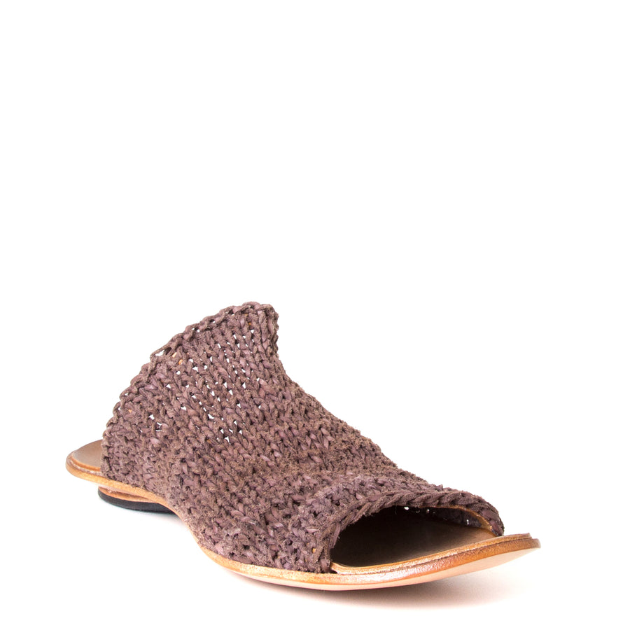 Cydwoq Asia. Women's Mules in woven Brown leather. Anatomical footbed for arch support and comfort. Made in California. Front view.