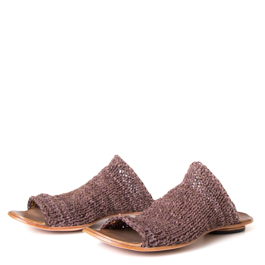Cydwoq Asia. Women's Mules in woven Brown leather. Anatomical footbed for arch support and comfort. Made in California. Front view pair.