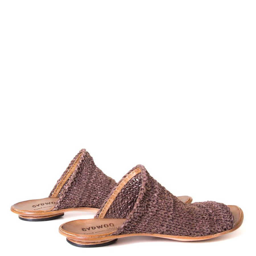Cydwoq Asia. Women's Mules in woven Brown leather. Anatomical footbed for arch support and comfort. Made in California. Back view pair.
