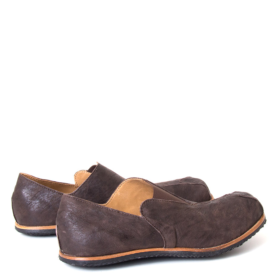 Cydwoq Charge. Men's slip-on shoes, Dark Brown leather, anatomically design sole for arch support, Rubber sole. Made in California, USA. Back View pair.