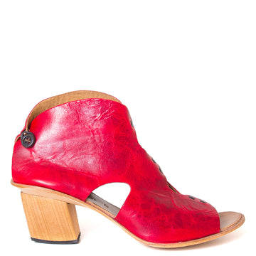 Cydwoq Research Women's sandal in Red washed leather, 2.5 inch wooden Heel, open toe, made in California. Side view.