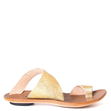 Cydwoq Thong , Hillary Sandal gold leather, single strap and toe ring. Made in California. Side view.