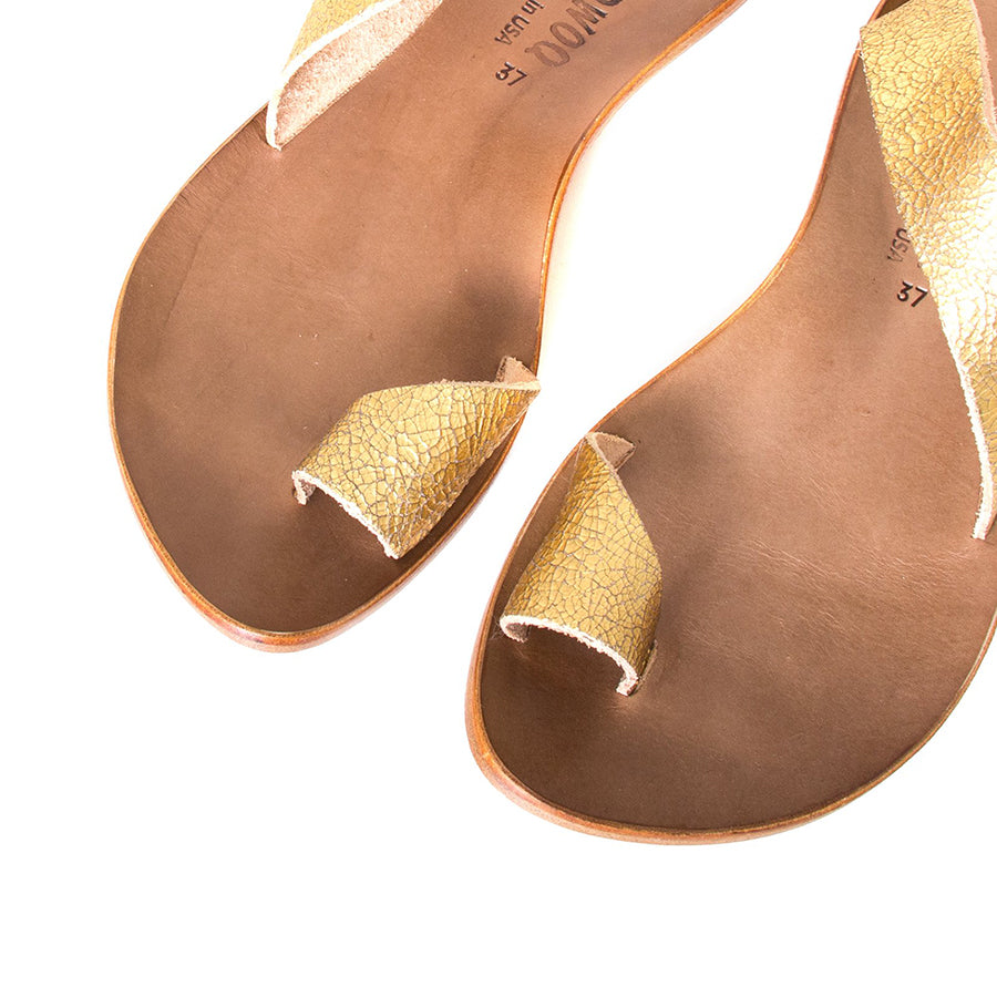 Cydwoq Thong , Hillary Sandal gold leather, single strap and toe ring. Made in California. Top view, pair.