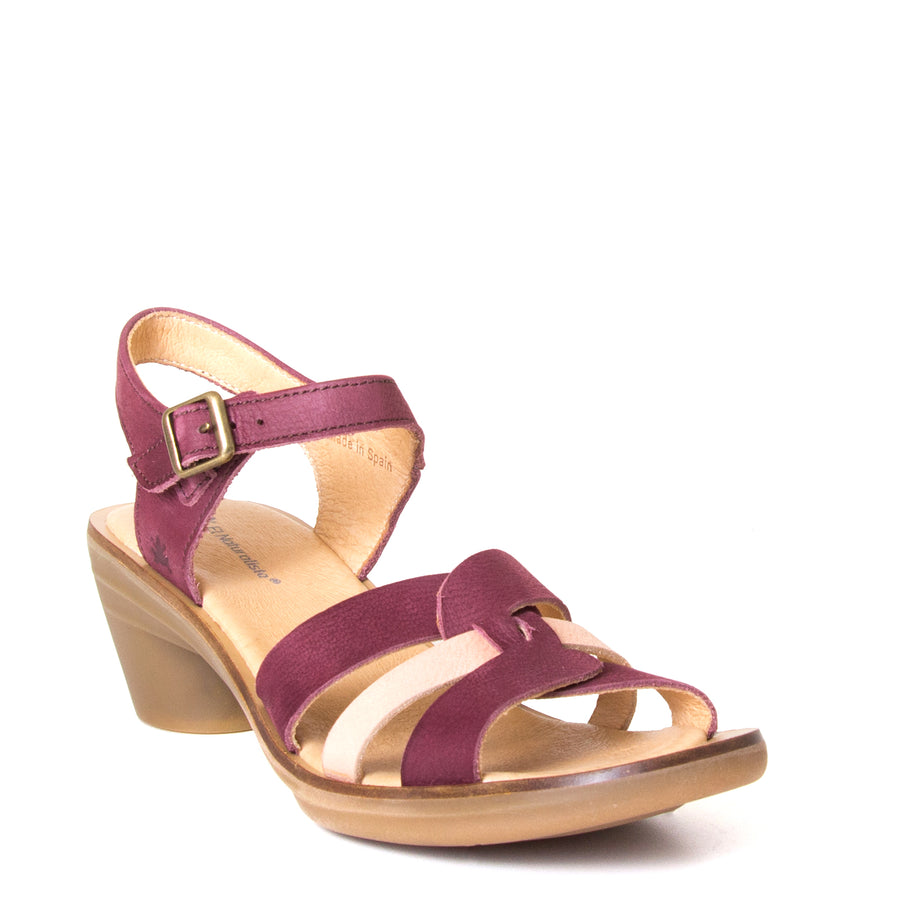 El Naturalista Lola. Women's red purple leather sandals, 2-inch rubber heel, anatomical footbed for comfort. Made in Spain. Front view.
