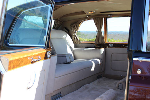 1970 Rolls Royce Phantom VI interior