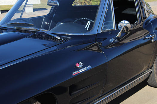 1963 Chevy Corvette Stingray embelem