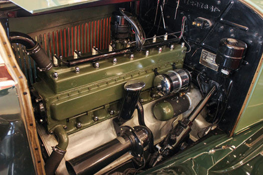 1930 Packard 733 Phaeton Engine