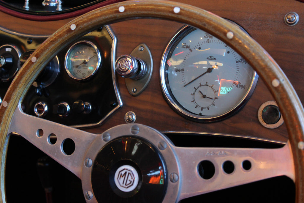 1953 MG Roadster speedometer