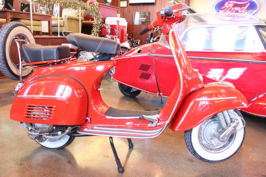 1974 Vespa Piaggio 150 Sprint for rent