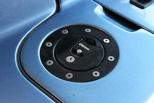 20003 Ulitma GTR Coupe gas cap