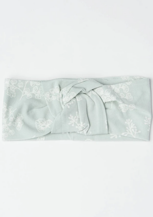lou lou lollipop knotted headband in Fern