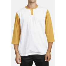 ACE KNIT HENLEY TEE