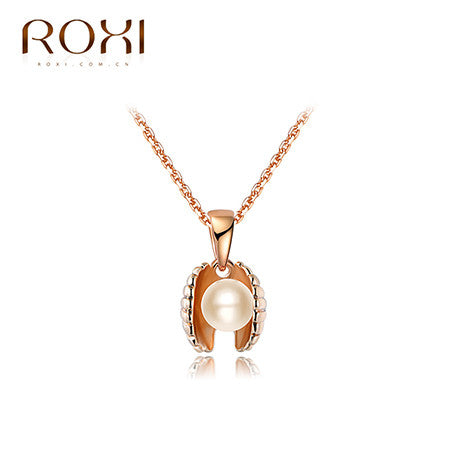 Rose Gold Seashell Pendant Necklaces