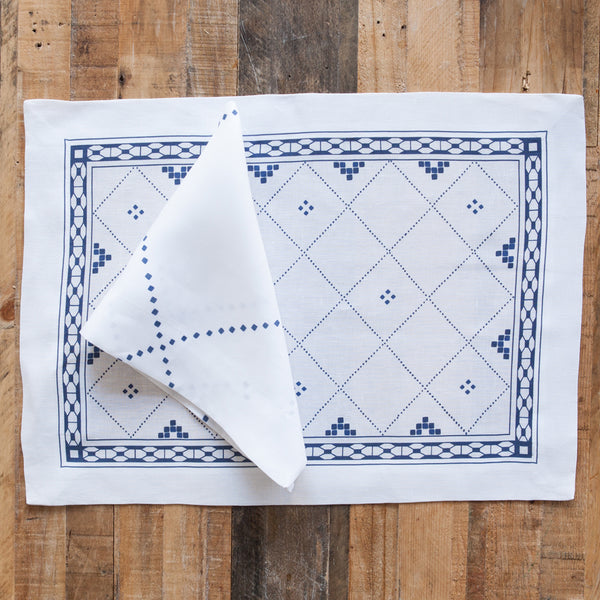 Anfa Blue and White Linen Napkin (Set of Four)