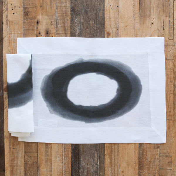 Moreton Watercolor Black and White Linen Placemat (Set of Four)