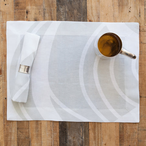 Sloan Silver Swirl Linen Placemat   Set Of 4
