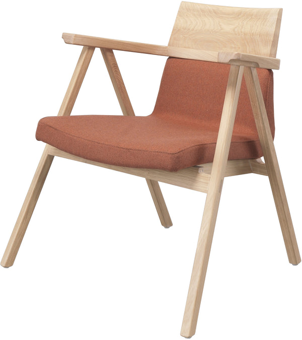 Pensil Lounge Chair
