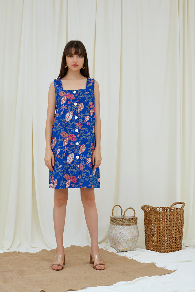Chloe Shift Dress