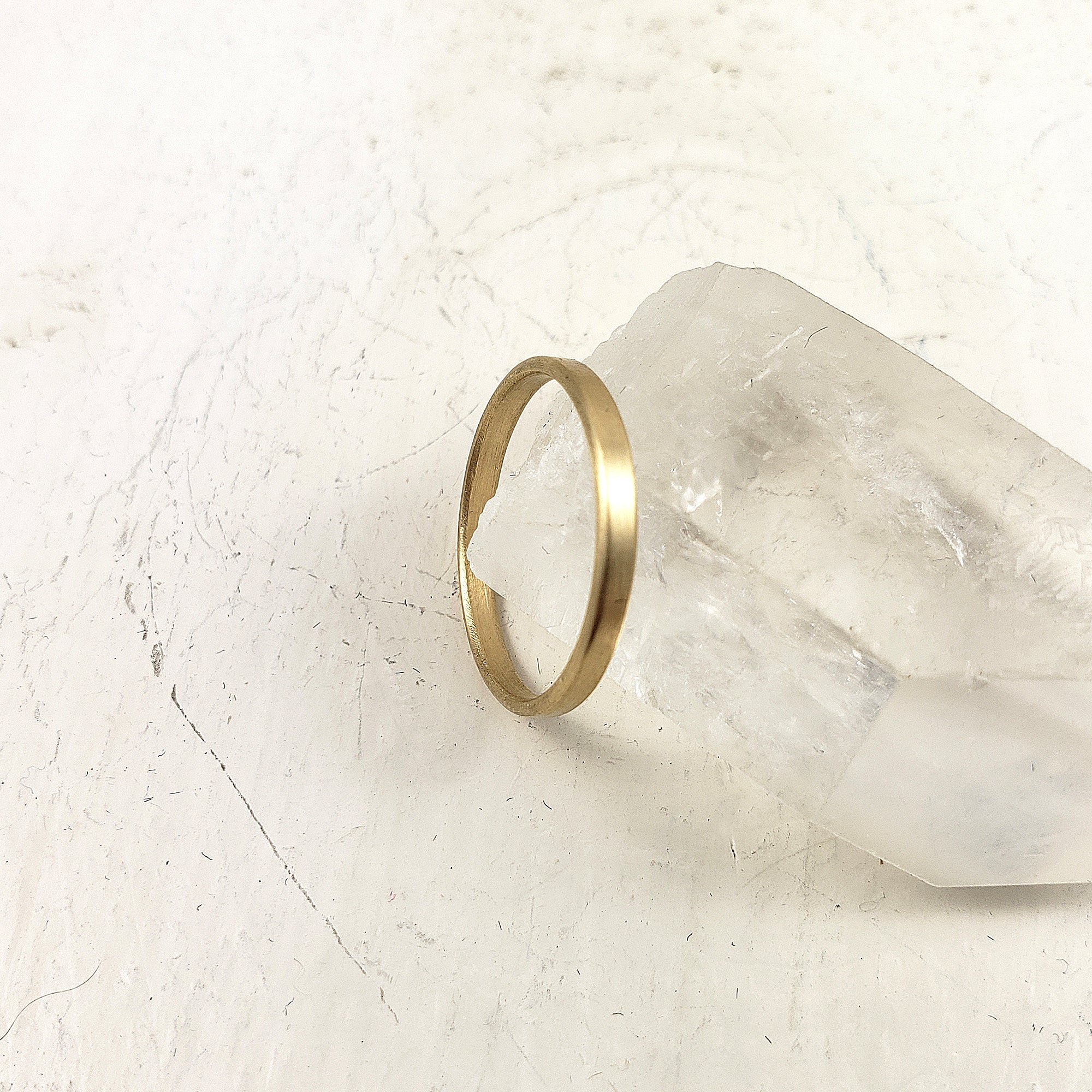 Classic solid gold engagement ring, simple, minimalist, modern