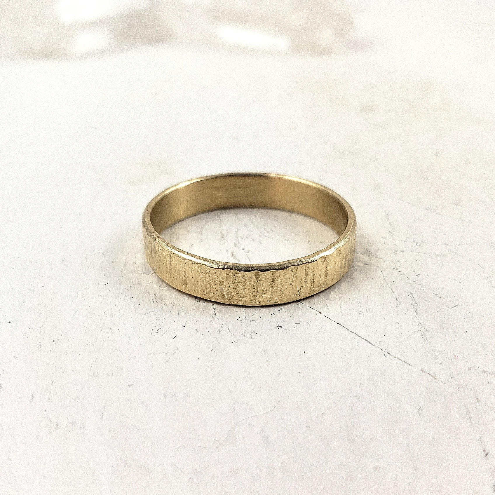 Solid Gold Band 4mm, Textured