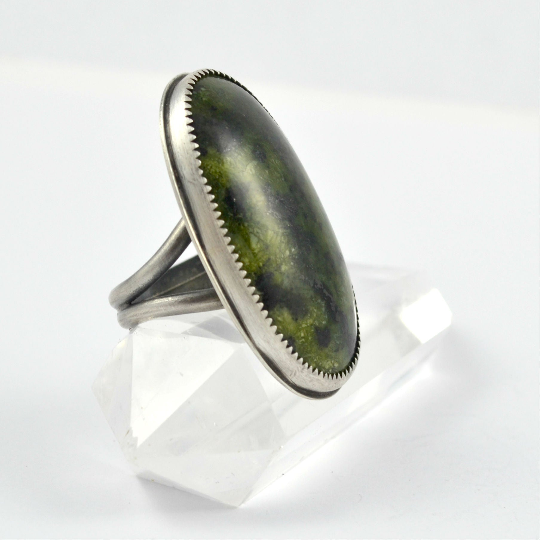 Serpentine Ring - Gemspell