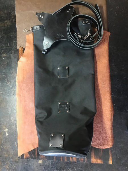 The Nutsak 2.0 Sissy Bar Bag: Black