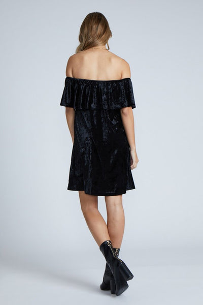 Hannah Velvet Dress in Black