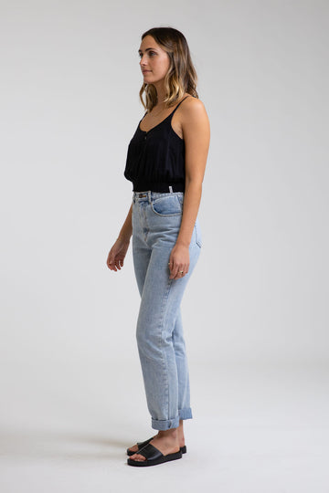 Hi-Rise Tapered Jean Light Wash