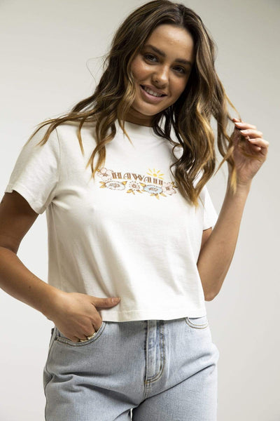 Hawaii Vintage Cropped Tee Vintage White