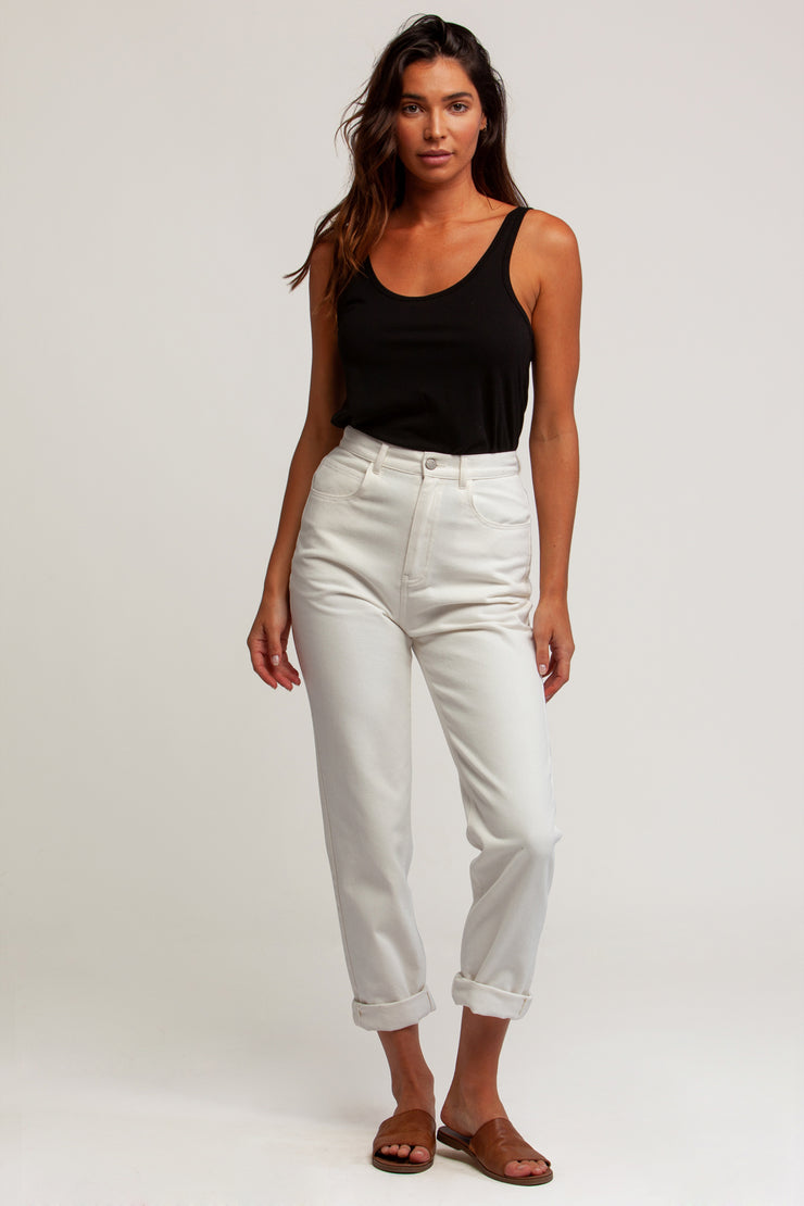 Hi Rise Tapered Jean White