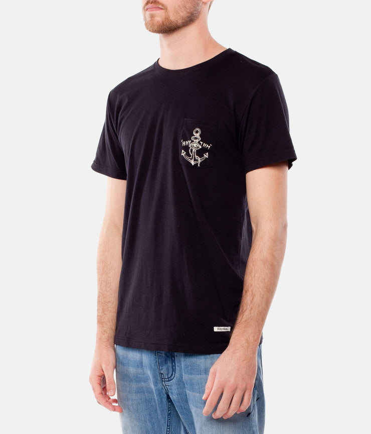 LOST AT SEA T-SHIRT BLACK