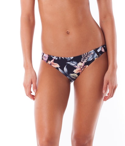 SOUTH PACIFIC CHEEKY PANT BLACK