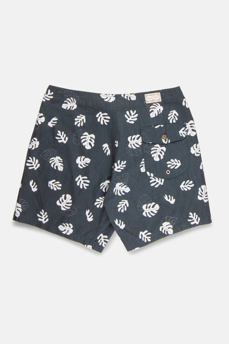 Mixed Leaves Trunk Black