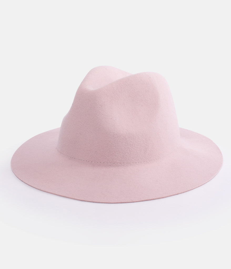 POCKET HAT BLUSH