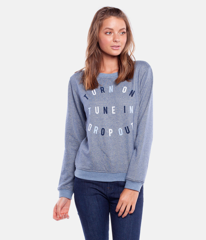 TUNE IN PULLOVER CHAMBRAY