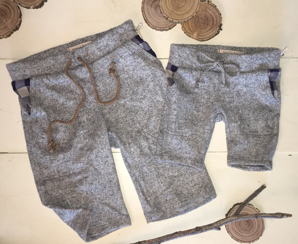 Relaxed Shorts in Grey