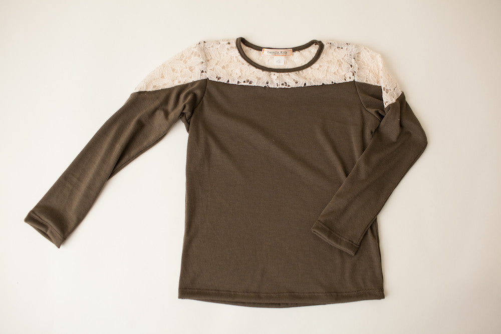 Neat and Tidy Top in Olive